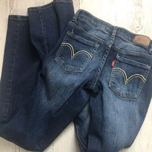 Girls Levi's skinny flare fit jeans. Size 14 slim.